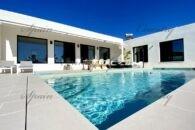 {:en}Exclusive new build villa Ibiza style with pool in the Hondon area{:}{:fr}Luxueuse et exclusive villa style Ibiza avec piscine à construire dans la vallée de Hondon{:}{:nl}Luxueuse nieuwouw Ibiza-stijl met zwembad in de Hondon Valley{:} at 03688 Fondó de les Neus, Province d'Alicante, Espagne for 289000