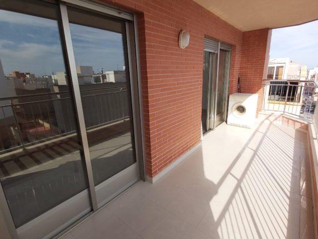{:en}3 Bedrooms Apartment in Guardamar del Segura - EB50{:}{:fr}Apartment de 3 Chambres  à Guardamar del Segura - EB50{:}{:nl}Apartment met 3 Slaapkamers  in Guardamar del Segura - EB50{:}
