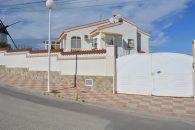 {:en}4 Bedrooms Villa in Ciudad Quesada - EB37{:}{:fr}Villa de 4 Chambres  à Ciudad Quesada - EB37{:}{:nl}Villa met 4 Slaapkamers  in Ciudad Quesada - EB37{:} de Ciudad Quesada, Alicante, Spain pour 220000