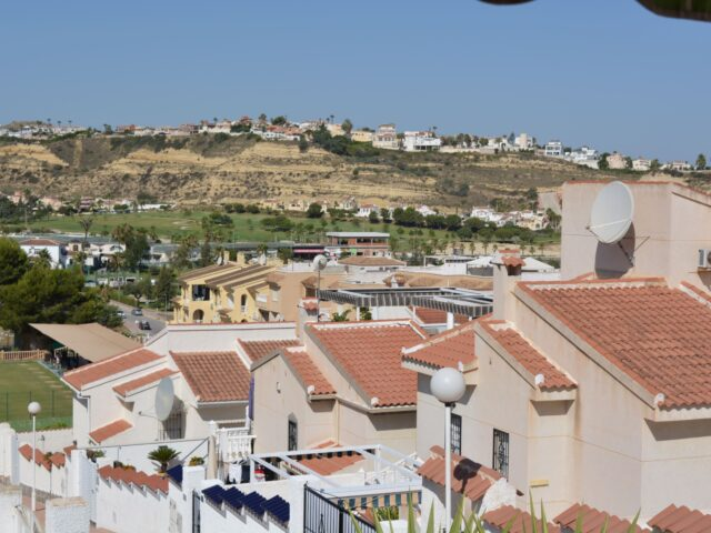 {:en}2 Bedrooms Villa in Ciudad Quesada - EB140{:}{:fr}Villa de 2 Chambres  à Ciudad Quesada - EB140{:}{:nl}Villa met 2 Slaapkamers  in Ciudad Quesada - EB140{:}